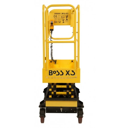 Die BoSS X3 ist 70 cm, die BoSS X3X 76 cm breit