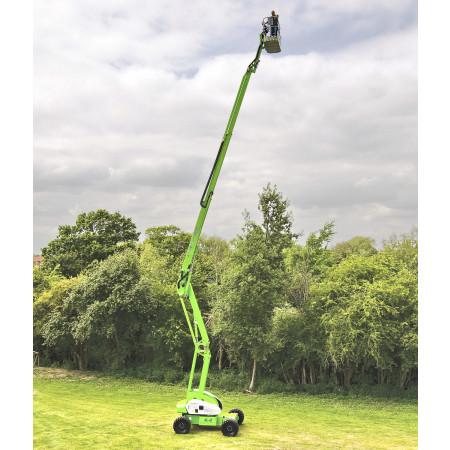 Reichhöhe: 20.80 m bei einer Traglast von max. 225 kg