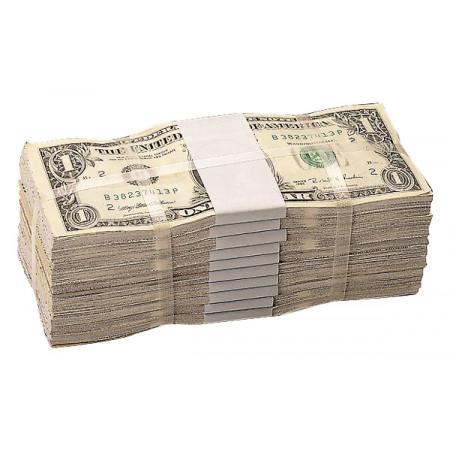 Banknotenbündel banderoliert und danach mit PP-Band umreift