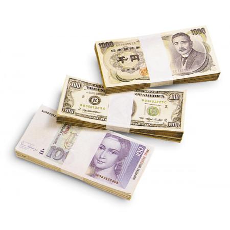 Einzelne Banknotenbündel mit weisser Banderole