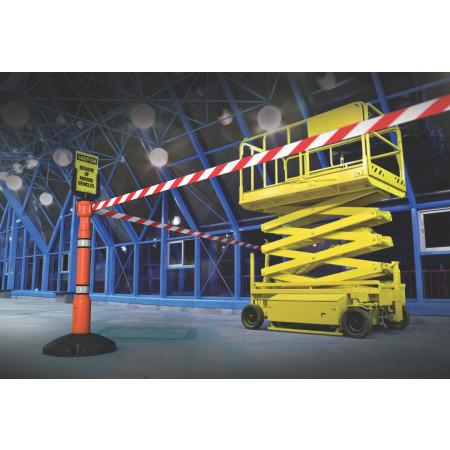 Abgrenzen des Arbeitsbereichs für eine Hubarbeitsbühne.