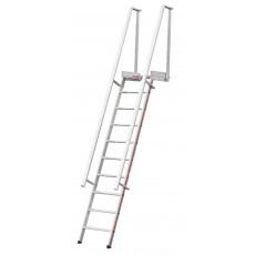 Stufenaufstieg mit Plattform
