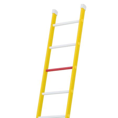 Rote Sprosse: Die 3 obersten Sprossen dürfen nicht betreten werden.