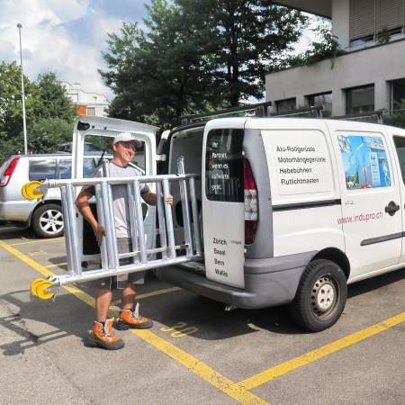 Das MiniMax kann in einem PW-Kombi transportiert werden